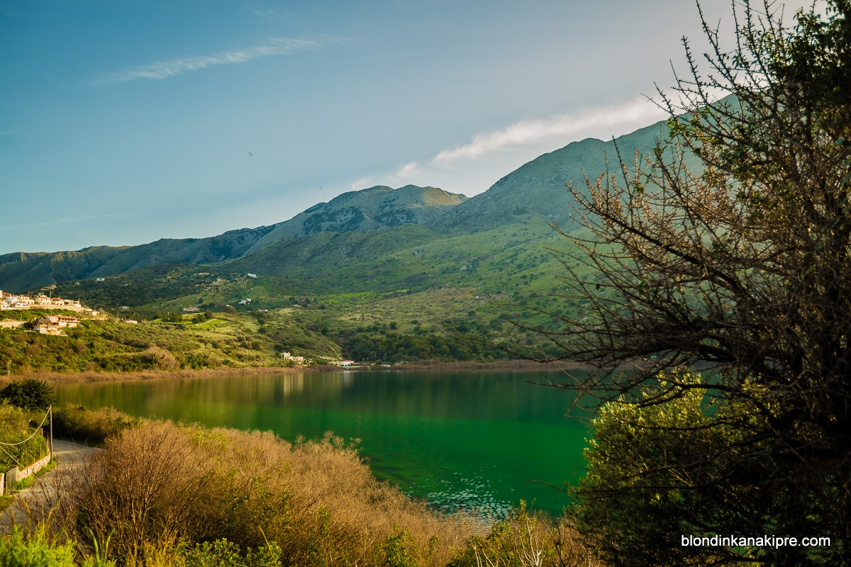 Разврат на озере, фото